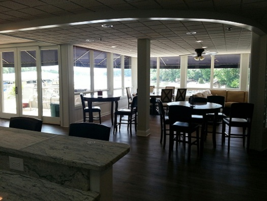 THE MEMBER CENTER AT RIVER HILLS MARINA